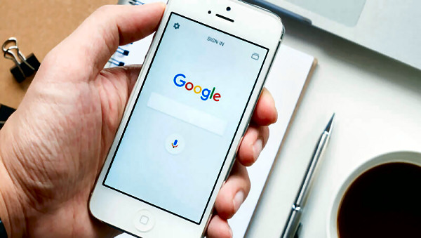 Smartphone - Google mobile first search